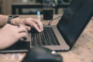 【Zoom】Macbookで画面共有できない【3ステップで解決】